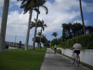 South Florida bike trails: Lake Trail in Palm Beach, Florida