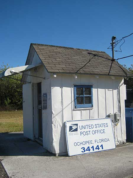 Ochopee smallest post office in the us is in everglades florida rambler - Post office us post office ...