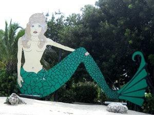 Florida Keys tiki bars: The sign for Lorelei in Islamorada